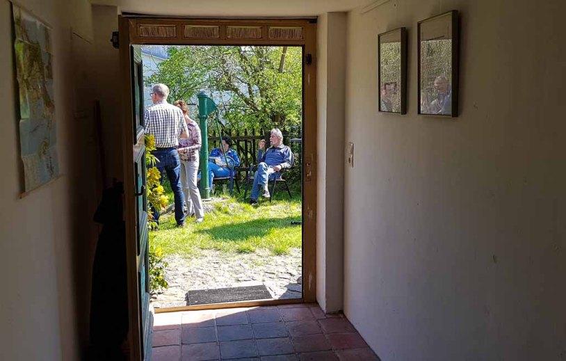 Besucher unserer Ausstellung Faszination Mönchgut im Bredehaus Middelhagen (c) Frank Koebsch (12)