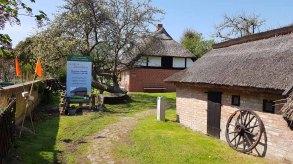 Blick auf das Bredehaus in Middelhhagen (c) Frank Koebsch (1)
