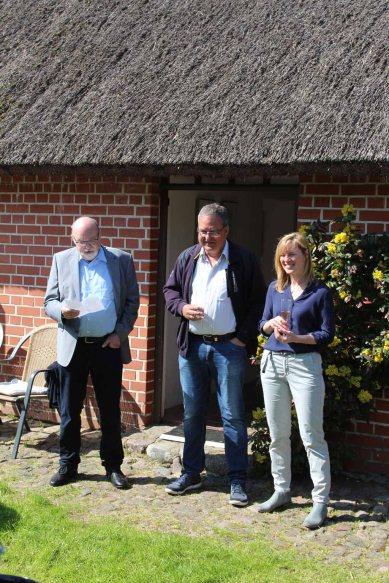 Manfred Biskup, Gerit Höhne-Grünheid und FRank Koebsch bei der Eröffnung der Ausstellung Faszination Mönchgut (c) Jo