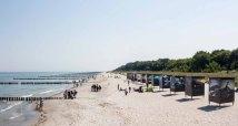 Die Ausstellung von Ray Collins – Urkraft des Meeres – im Rahmen des Umweltfotofestival - horizonte zingst am Strand (c) FRank Koebsch (3)