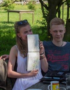 Plein Air Festival 2018 - Die Aquarellmaler werten in der Alten Büdnerei Ihren Workshop aus (c) Frank Koebsch (18)