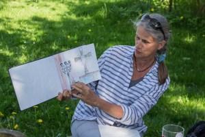 Plein Air Festival 2018 - Die Aquarellmaler werten in der Alten Büdnerei Ihren Workshop aus (c) Frank Koebsch (51)