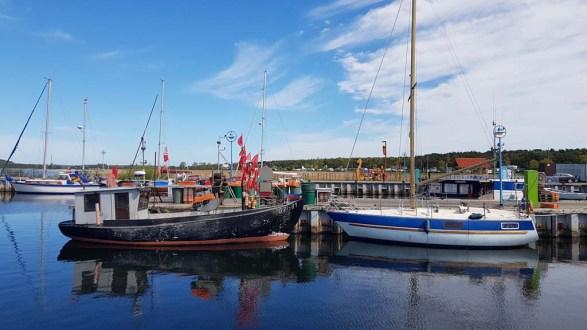Unser Motiv - ein Kutter im Hafen von Thiessow (c) FRank Koebsch (3)