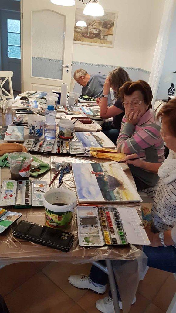 Bei Schlechtwetter malen wir die Fischerboote in der Ferienwohnung tohus in Middelhagen (c) Frank Koebsch (3)