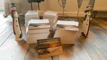 Hunderte Weihnachtskarten mit dem Motiv des Aquarells - Winterabend (c) Frank Koebsch (2)