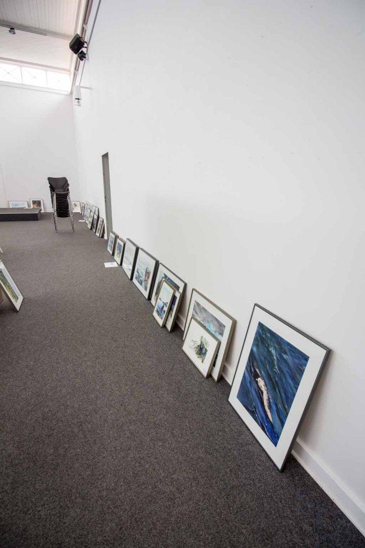 Ausstellungsvorbereitung - Leere Wände der Kunsthalle Kühlungsborn (c) Frank Koebsch