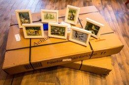 Ausstellungsvorbereitungen - Lieferung der 70 x 100 cm und unsere Miniaturen in Aquarell (c) Frank Koebsch