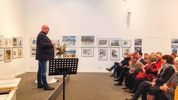Franz N. Kröger eröffnet unsere Ausstellung in der Kunsthalle Kühlungsbon (c) Frank Koebsch (1)