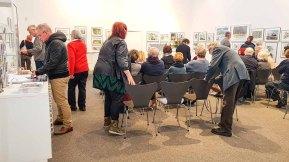 Gäste bei der Eröffnung unserer Ausstellung Farbspiele (c) Frank Koebsch (4)