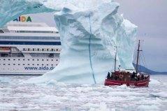 Die AIDA Cara vor Ilimanaq die Disko Bucht (2) Frank Koebsch