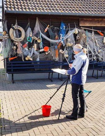 Malen im Hafen von Gager © Frank Koebsch (5)