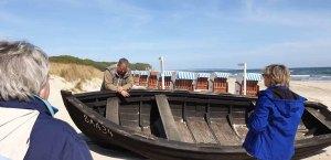 Frank Koebsch erklärt den Aufbau eines Fischerbootes (c) Gerit Grünheid (1)