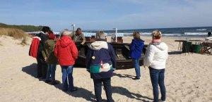 Frank Koebsch erklärt den Aufbau eines Fischerbootes (c) Gerit Grünheid (2)