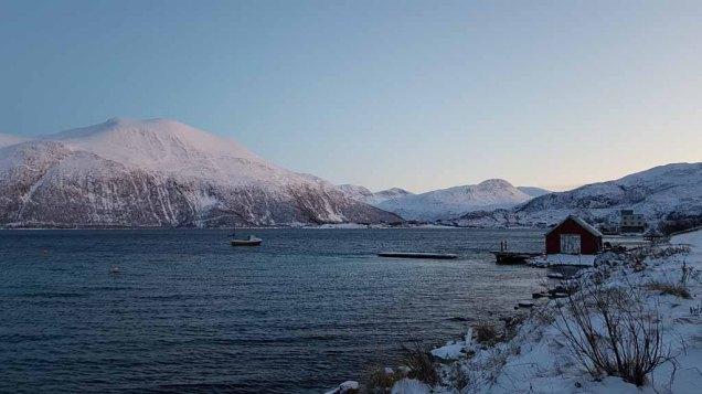 Winter in Sandneshamn - auf dem Weg von Tromsø nach Sommarøy (c) FRank Koebsch (2)