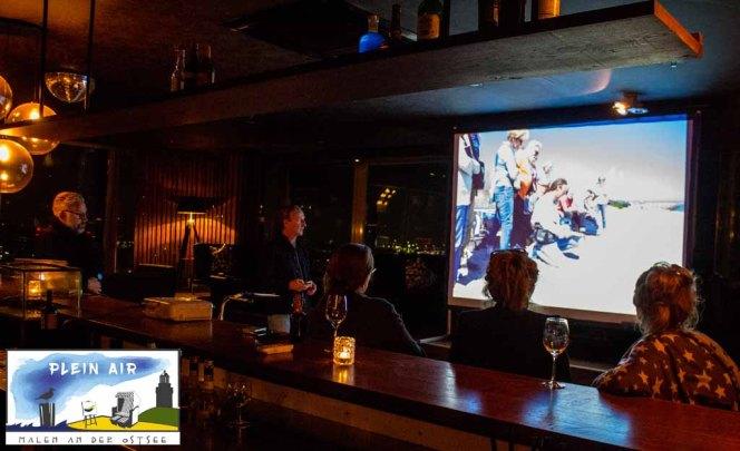 Präsentation von Jens Hübner zum Plein Air Festival – Malen an der Ostsee in der Puro Sky Lounge im Europa-Center Berlin © Frank Koebsch (10)