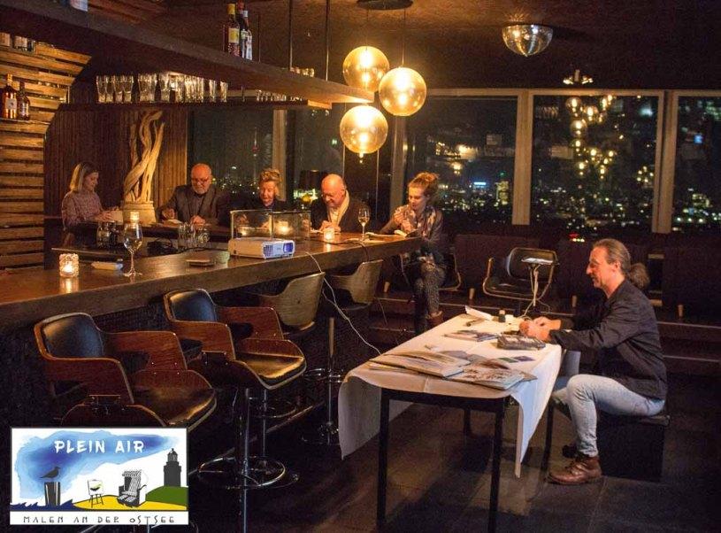 Präsentation von Jens Hübner zum Plein Air Festival – Malen an der Ostsee in der Puro Sky Lounge im Europa-Center Berlin © Frank Koebsch (7)