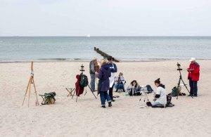 Ölmaler beim Plein Air Festival - Malen an der Ostsee am Strand von Kühlungsborn (c) FRank Koebsch (1)