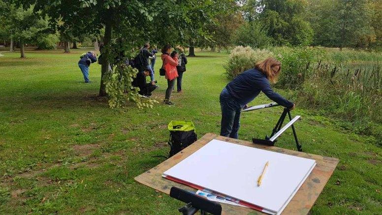 Fotografen und Maler im Park des Doberaner Münsters (c) FRank Koebsch