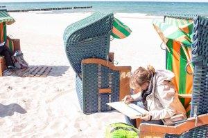 Pastellmaler am Strand von Kühlungsborn - Plain Air Festival - Malen an der Ostsee (c) FRank Koebsch (1)