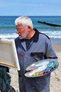 homas Freund malt am Strand von Kühlungsborn (c) Hinrich JW Schüler (6)
