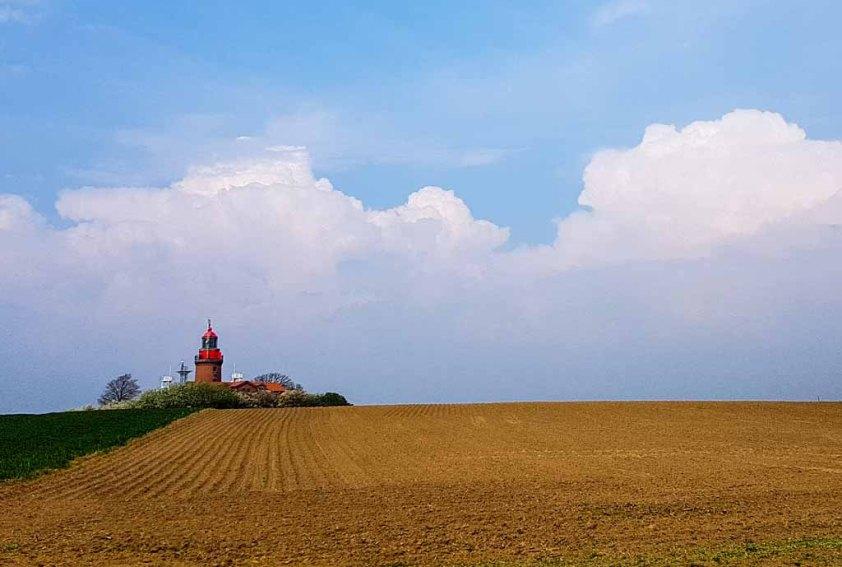 Unser Motiv der Leuchtturm Bastorf - Malreise Faszination Ostsee (c) FRank Koebsch