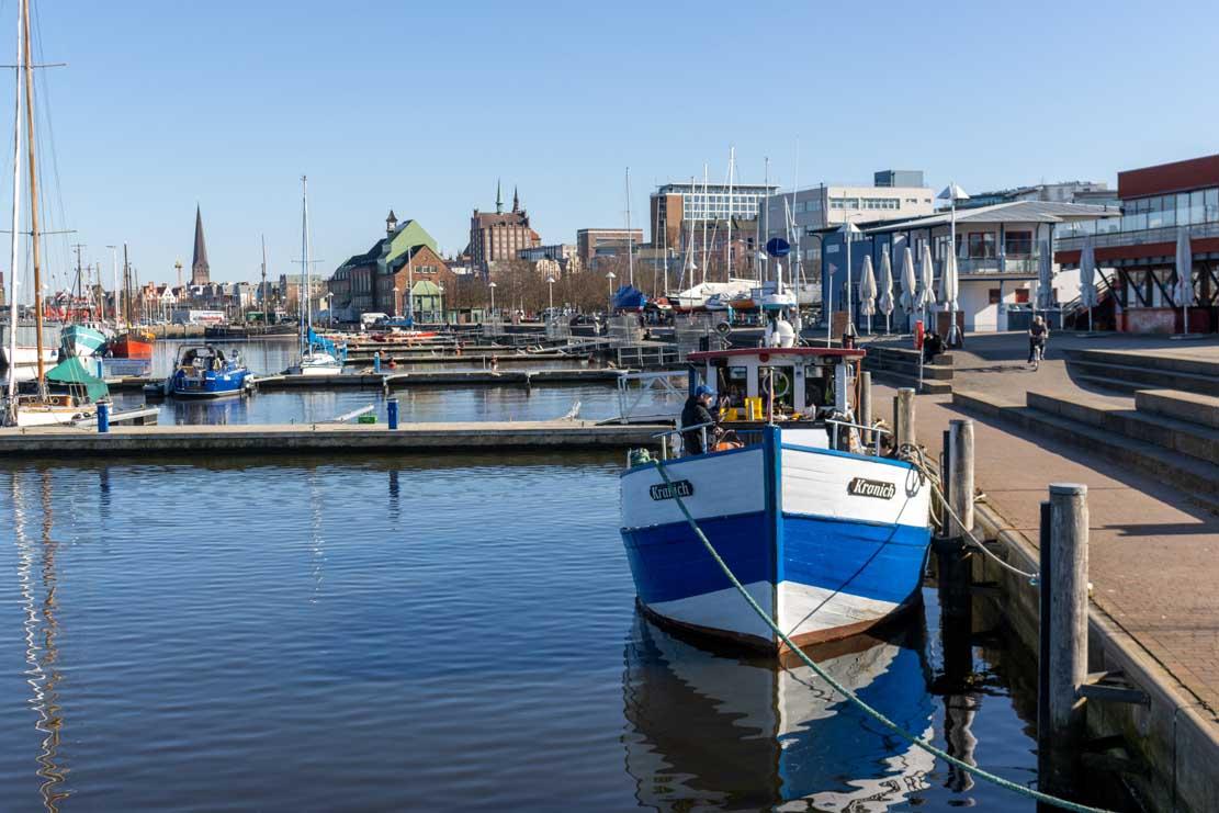 Blick vom Schletter Petersdorf in den Stadthafen (c) Frank Koebsch
