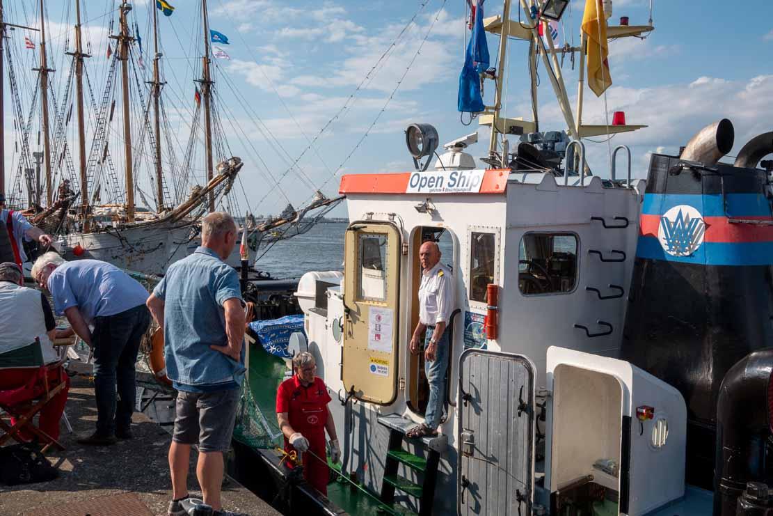 Der Schlepper Petersdorf im Stadthafen Rostock - Hanse Sail 2021 (c) Frank Koebsch (5)